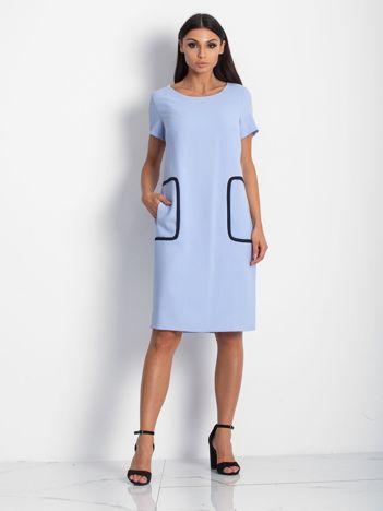 Sukienka niebieska z kieszeniami