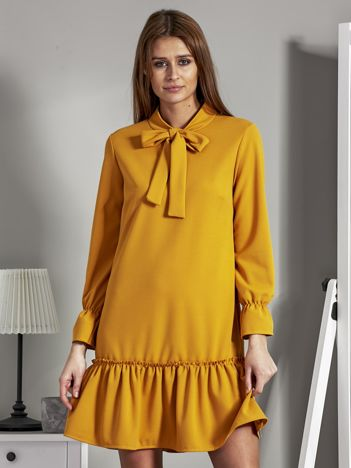Sukienka z falbanką i chokerem żółta
