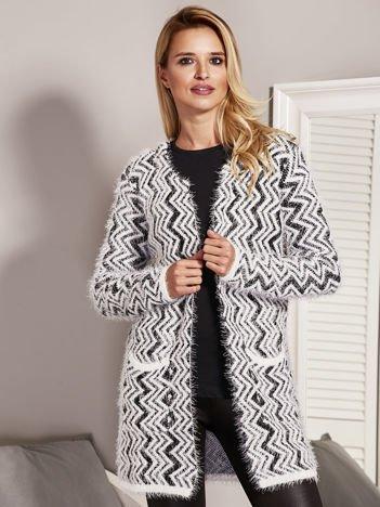 Sweter damski w zygzaki czarny