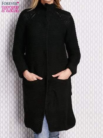 Sweter o szerokim splocie czarny