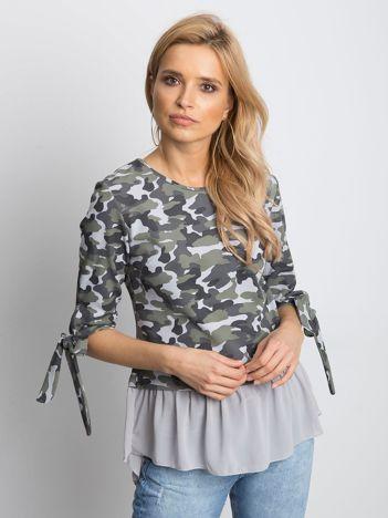 Szara bluzka moro z koszulą