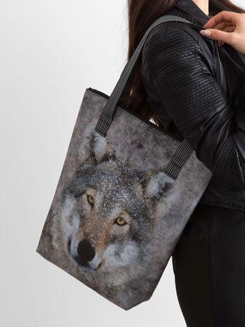 Szara torba z wilkiem