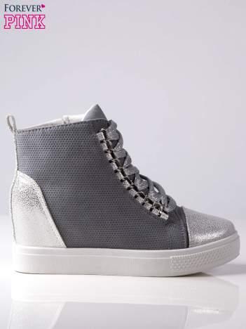 Szare ażurowe sneakersy Ginger ze srebrnymi wstawkami z przodu i z tyłu buta