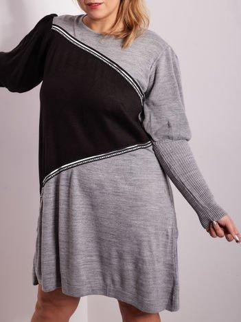 Szaro-czarna sukienka dzianinowa PLUS SIZE