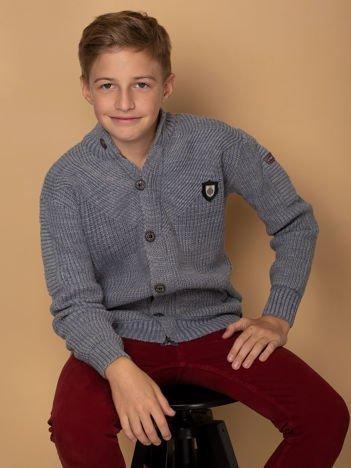 Szaro-niebieski sweter dla chłopca z kieszeniami