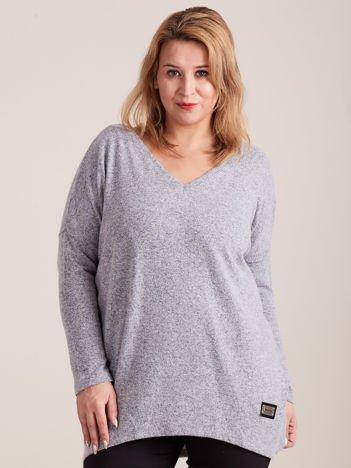Szary lekki sweter melanżowy V-neck PLUS SIZE