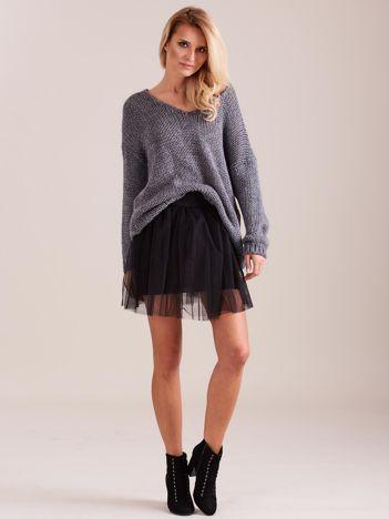 Szary luźny sweter