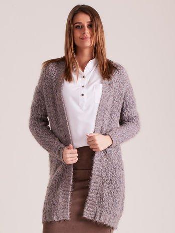 Szary puszysty sweter