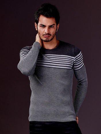 Szary sweter męski w poziome paski