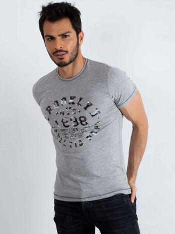 Szary t-shirt męski College