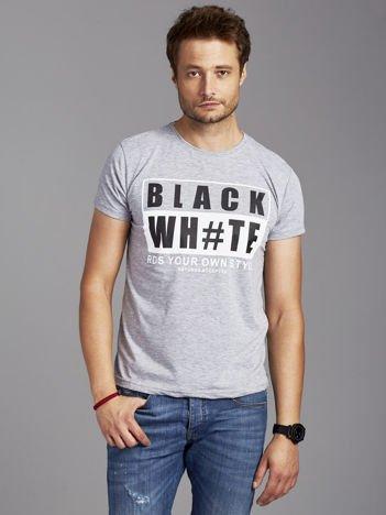 Szary t-shirt męski z kontrastowym nadrukiem