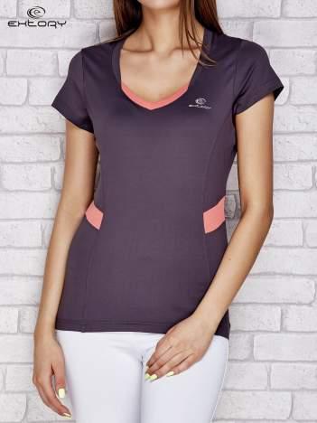 Szary t-shirt z kontrastowymi wstawkami