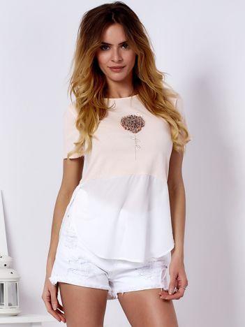 T-shirt brzoskwiniowy z wypukłą aplikacją i koszulą
