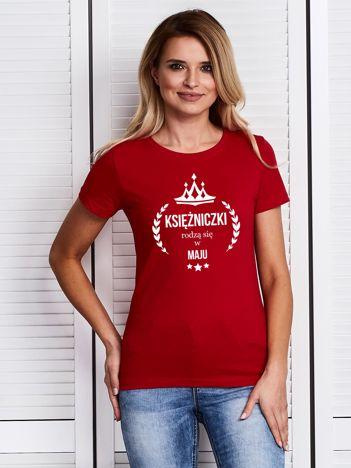 T-shirt damski KSIĘŻNICZKI RODZĄ SIĘ W MAJU czerwony