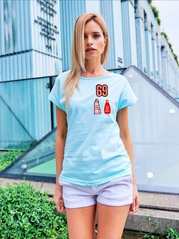 T-shirt damski turkusowy z naszywkami