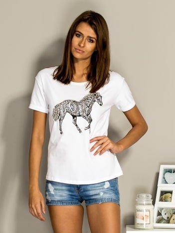 T-shirt damski z biżuteryjnym koniem biały