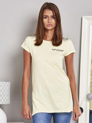 T-shirt damski z ćwiekami żółty