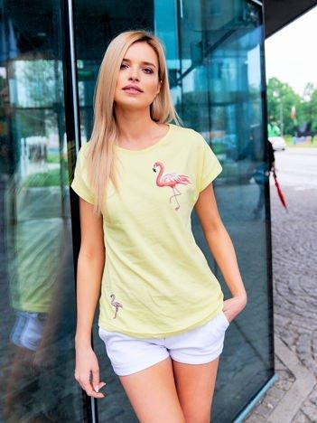 T-shirt damski z naszywkami FLAMINGI żółty