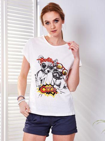 T-shirt ecru z pieskami
