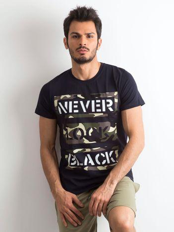 T-shirt męski bawełniany z nadrukiem granatowy
