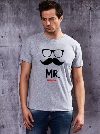T-shirt męski dla par MISTER z wąsami szary