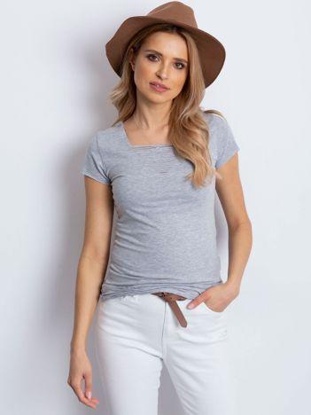T-shirt szary z drobnymi rozcięciami