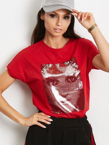 T-shirt z błyszczącym nadrukiem twarzy czerwony