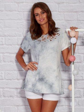 T-shirt z motywem acid wash szary