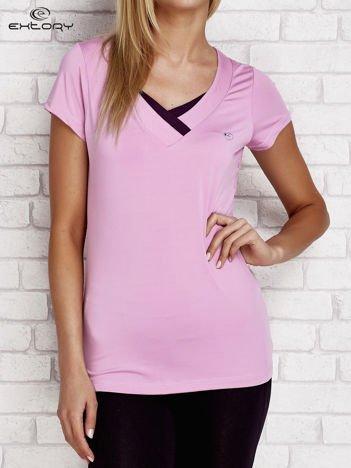 T-shirt z trójkątnym dekoltem jasnofioletowy