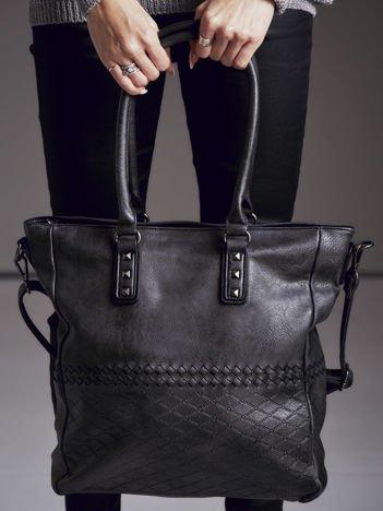 Torba shopper z ćwiekami i ozdobnym wzorem czarna