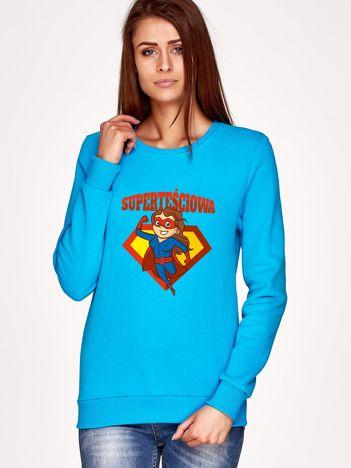 Turkusowa bluza SUPER TEŚCIOWA brunetka