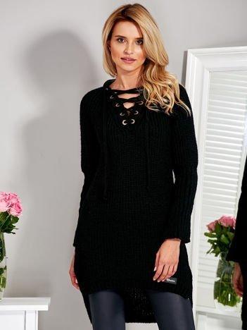 Wełniany sweter lace up V-neck czarny