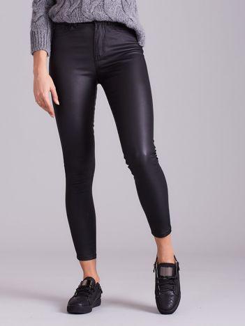 Woskowane damskie spodnie czarne