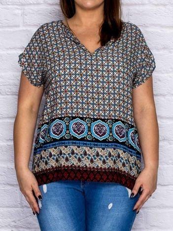 Wzorzysta bluzka koszulowa w stylu boho jasnoniebieska PLUS SIZE