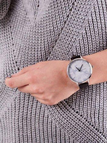 Zegarek damski czarny z marmurową tarczą