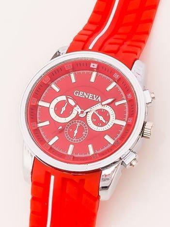 Zegarek męski czerwony z ozdobnym chronografem i wzorem bieżnika na pasku
