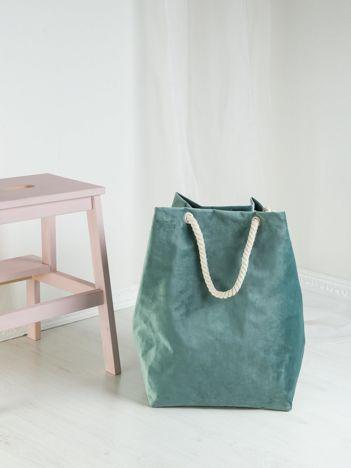 Zielona aksamitna torba do przechowywania