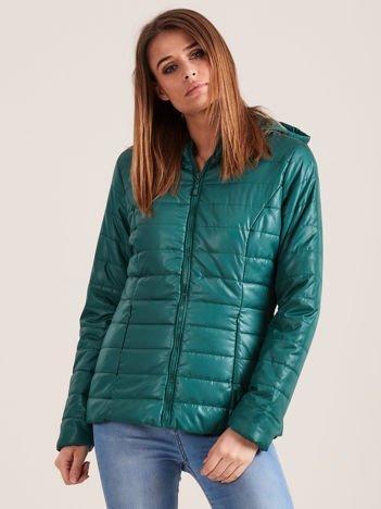 Zielona błyszcząca kurtka zimowa z kapturem