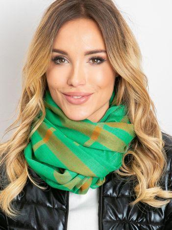 Zielona chusta w kratę