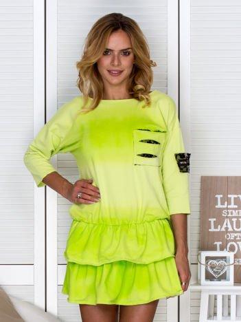 Zielona sukienka dresowa ombre z podwójną falbaną