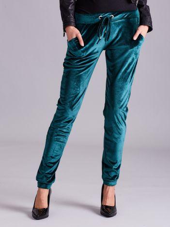 Zielone welurowe spodnie z troczkami