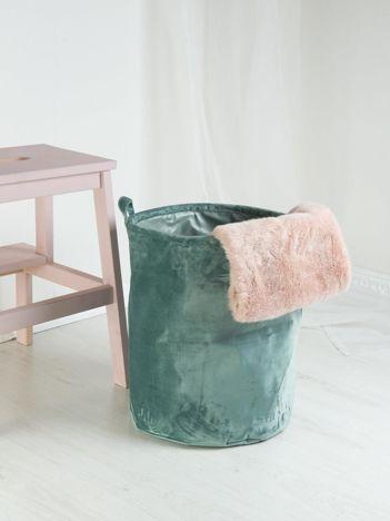 Zielony aksamitny kosz do przechowywania