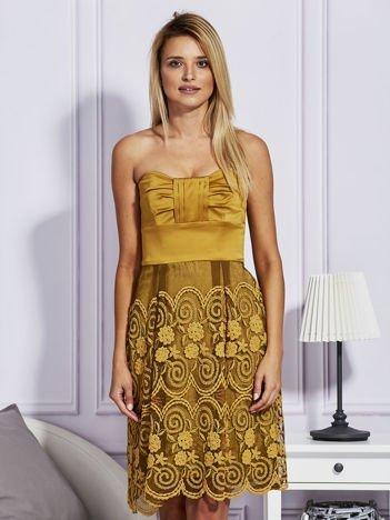 Złota sukienka z koronkową spódnicą