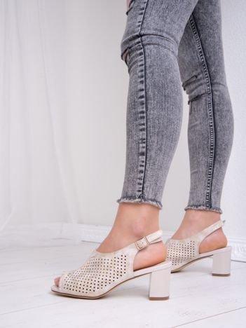 Złote ażurowe sandały SERGIO LEONE z połyskującym efektem