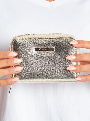 Złoty metaliczny portfel
