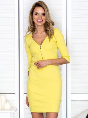 Żółta sukienka w prążek z suwakiem