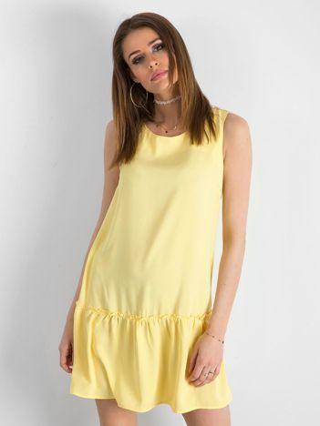 Żółta sukienka z falbaną i wiązaniem
