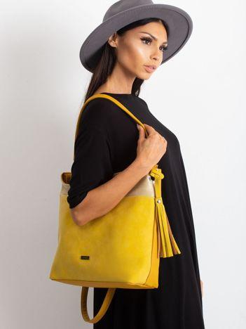 Żółta torba z chwostem