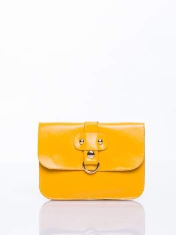 Żółta torebka listonoszka z klapką