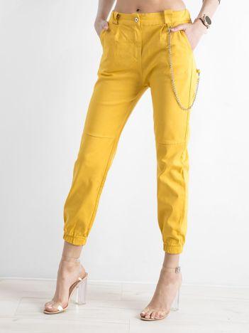 Żółte bawełniane spodnie